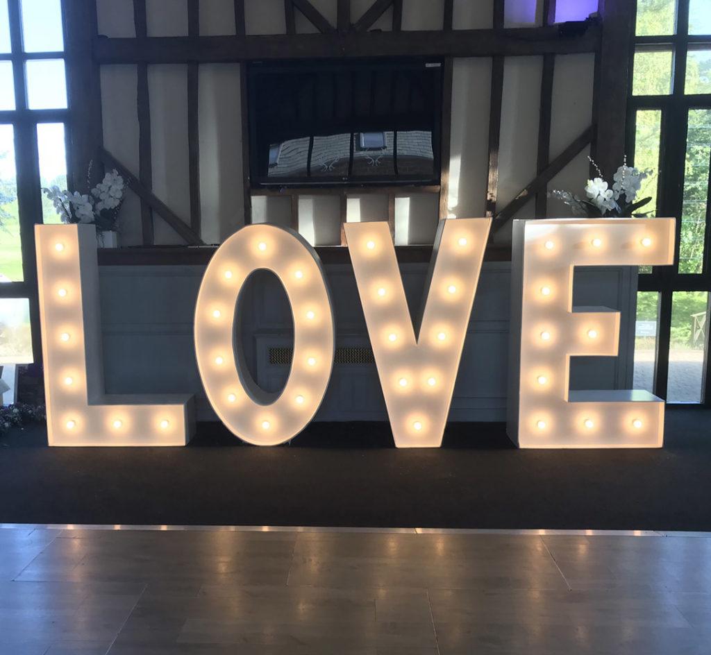 Essendon Love Lights