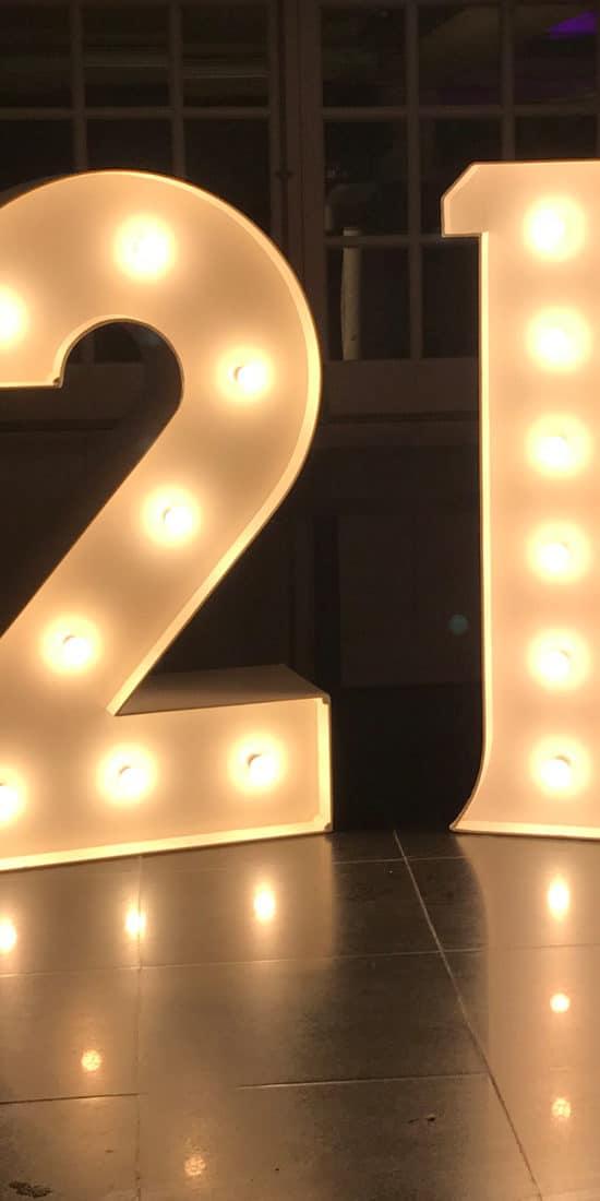 Light Up 21