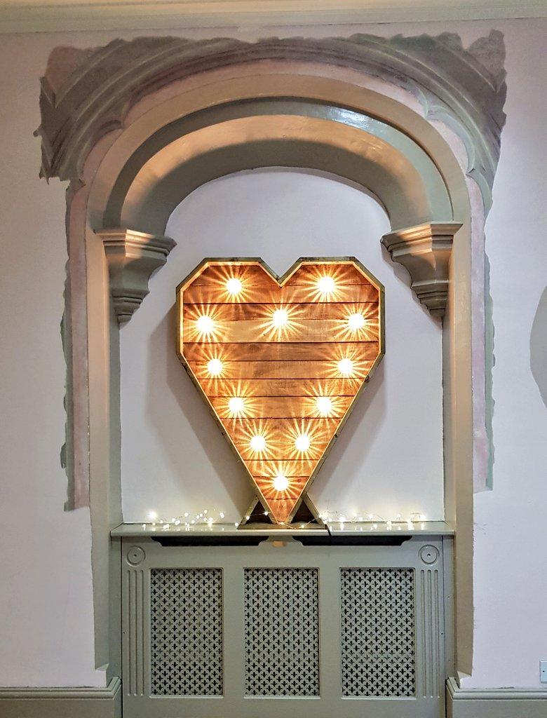 4ft Rustic Light up Heart
