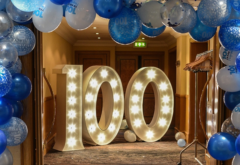 100 Light Up Numbers