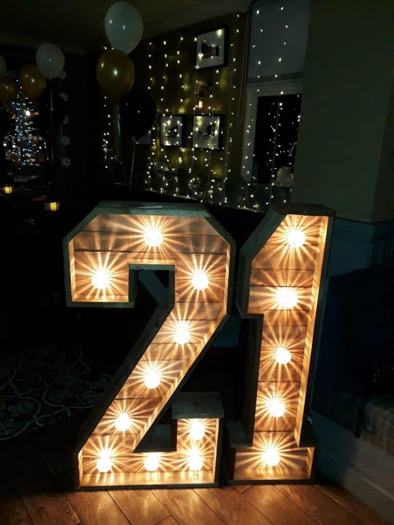 21 Rustic Light Up Numbers