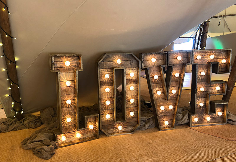 Rustic LOVE at Vanstone Park
